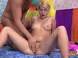 Maaike loves licking dicks
