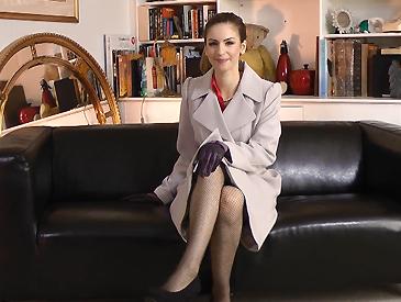 Fishnet tights & pleated mini-skirt!