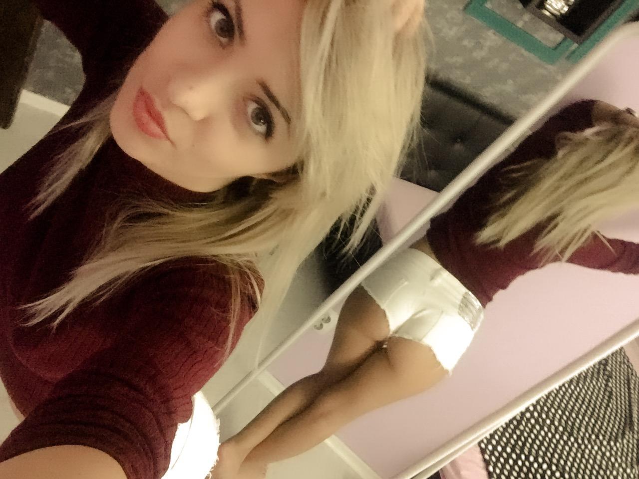 Ashley Webcam